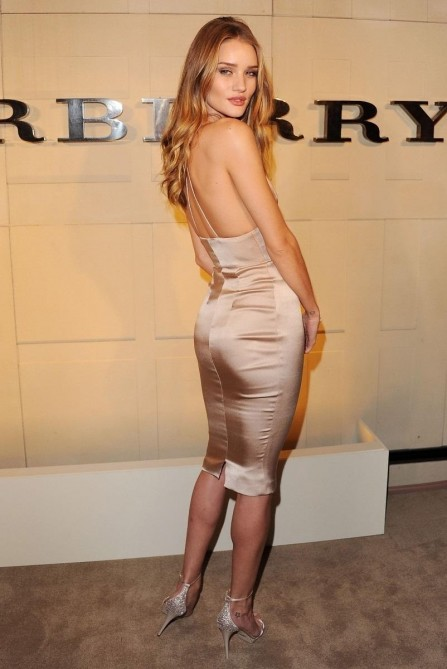 Rosie Huntington Whiteley Burberry Body Launch Event Body Rosie Huntington Whiteley
