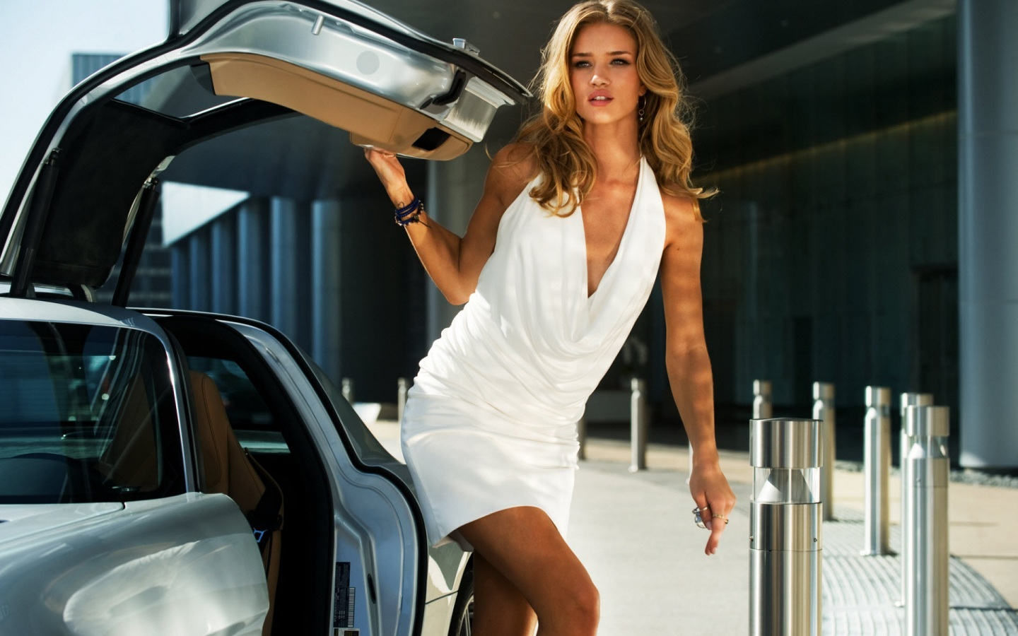 Rosie Huntington Whiteley In Transformers Body
