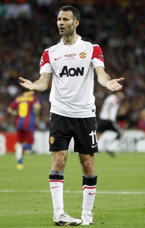 Ryan Giggs Beleaguered Manchester United Midfielder Had Two Year Affair Third Woman Ryan Giggs