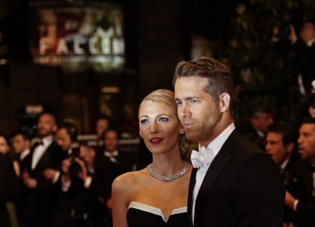 Deadpool Star Ryan Reynolds And Gossip Girl Alum Blake Lively Got Married In Ryan Reynolds