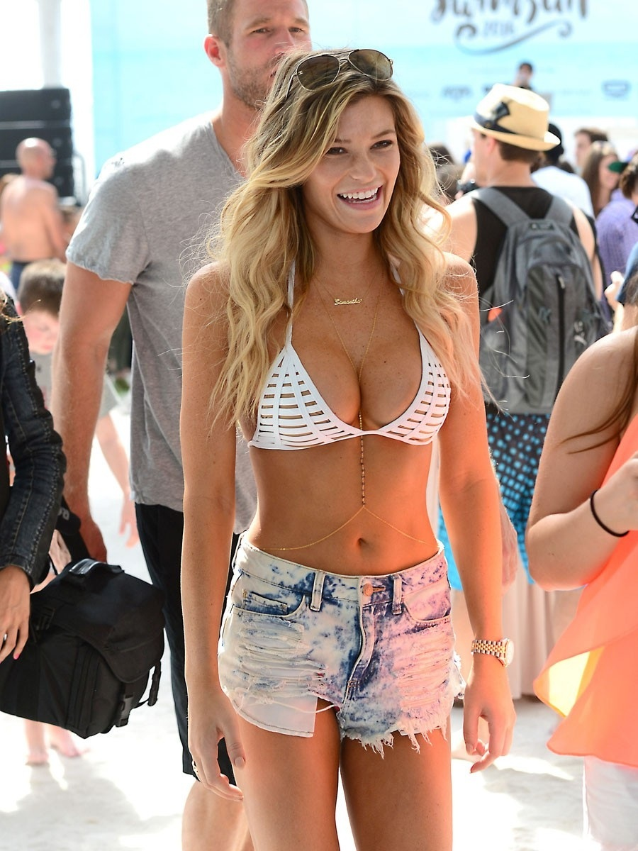 Samantha Hoopes Bikini Daisy Dukes Compressed Samantha Hoopes