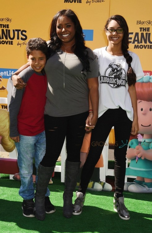 Shar Jackson At The Premiere Of Th Century Foxs The Peanuts Movie With Her Kids Kori And Kaleb Federline Shar Jackson