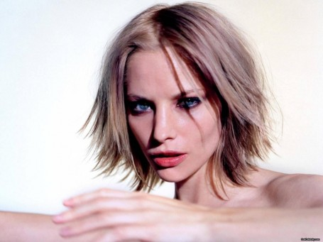 Sienna Guillory Love Actually Dcda Fbec Large Movies List