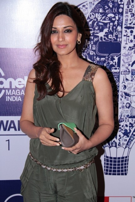 Iaigp Zs Whv Sonali Bendre At Lonely Planet Magazine Travel Awards At Hotel Trident In Mumbai Aad Bcc Be Large Son