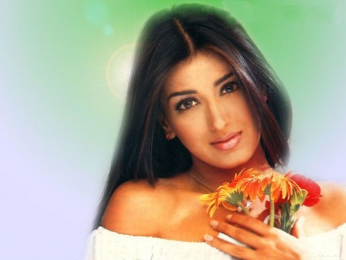 Sonali Bendre Wallpaper