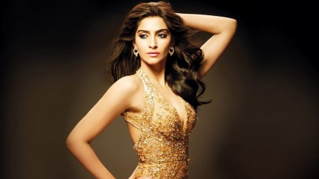 Hot Sonam Kapoor Hd Wallpapers Sonam Kapoor