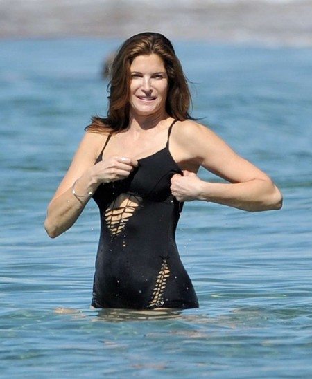 Stephanie Seymour Bikini Photos In Maui Stephanie Seymour