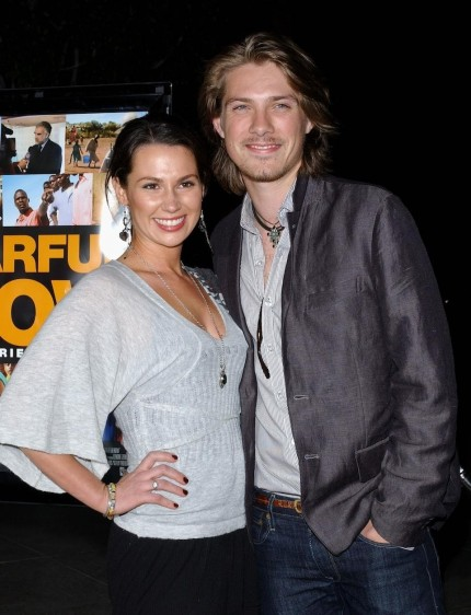 Taylor Hanson Wife Expecting Baby No