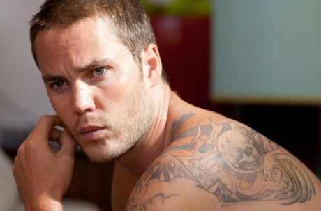 Still Of Taylor Kitsch In Savages Large Picture