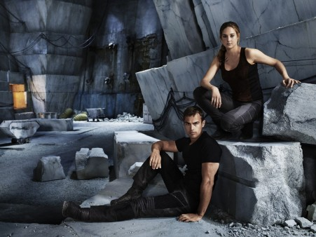 Divergent Movie Shailene Woodley And Theo James Wallpapers Movies
