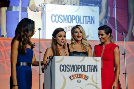 Rochellehumes Thesaturdays Bluedress Cosmopolitansawards Designersuzanneneville The Saturdays
