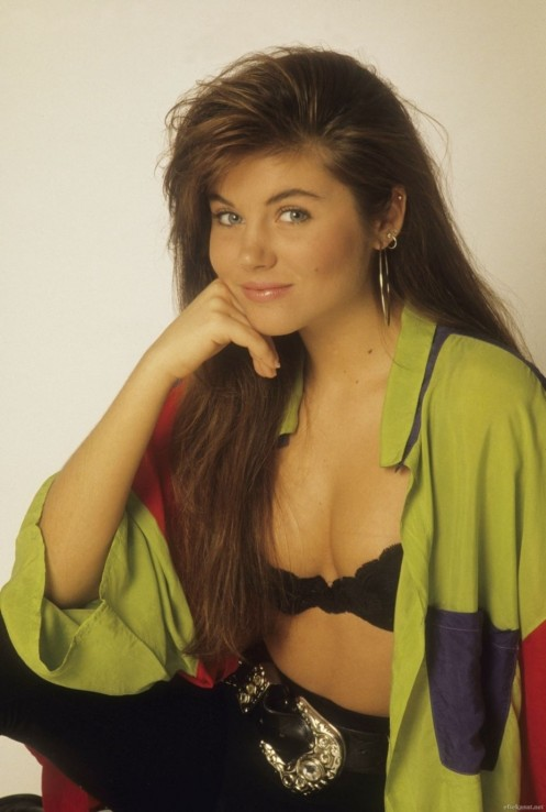 Kelly Kapowski Tiffani Amber Thiessen Saved By The Bell