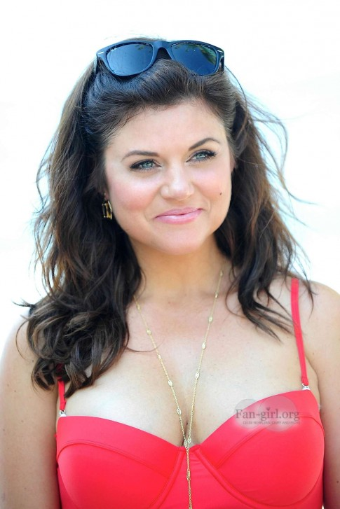 Tiffani Thiessen In Red Swimsuit In Mexico