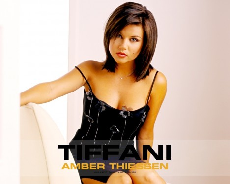 Tiffani Thiessen Just Good Vibe Tiffani Thiessen