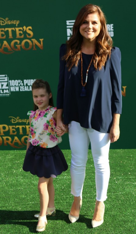 Tiffani Thiessen Pete Dragon Premiere In Hollywood Tiffani Thiessen