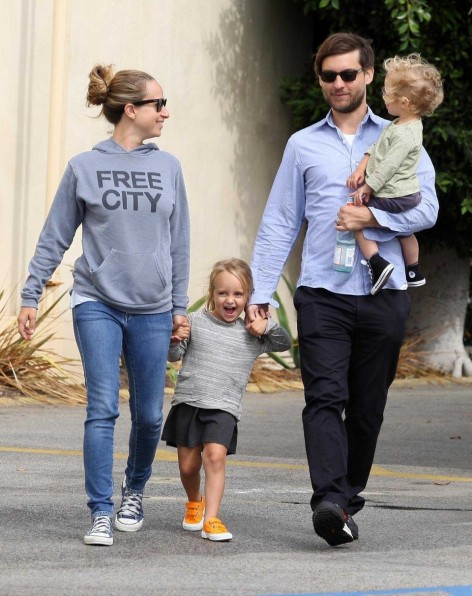 Tobey Maguire Jennifer Meyers Brentwood Babes
