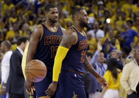 Lebron James Tristan Thompson Db Tristan Thompson