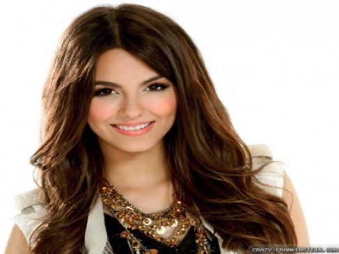 Beautiful Victoria Justice Wallpaper
