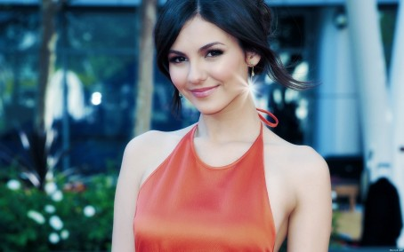 Victoria Justice Backgrounds Abyss Victoria Justice