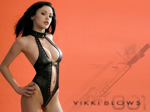 Wallpaper Vikki Blows