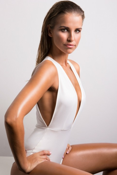 Vogue Williams Cocoa Brown Tan Med Res