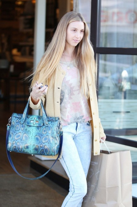 Whitney Port Shopping At West Helm Beverly Hills March Whitney Port