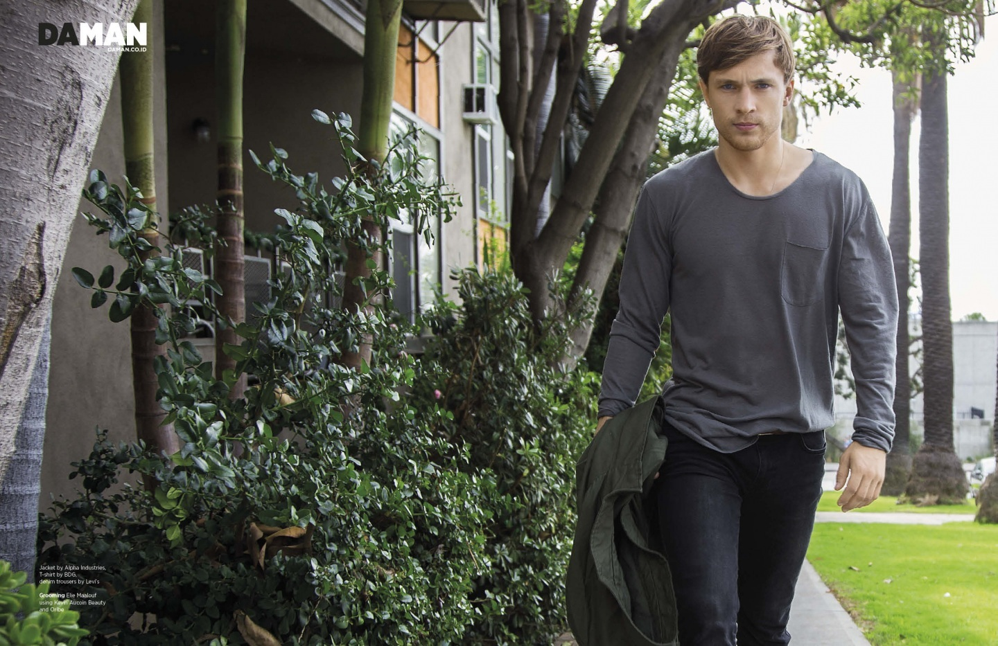 Online Feature William Moseley Dec Spread William Moseley