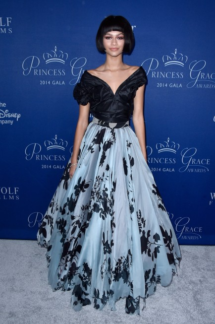 Zendayas Princess Grace Awards Gala Vivienne Westwood Black And Blue Gown Zendaya