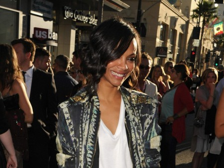 Zoe Saldana Premier Of Captain America Wallpaper