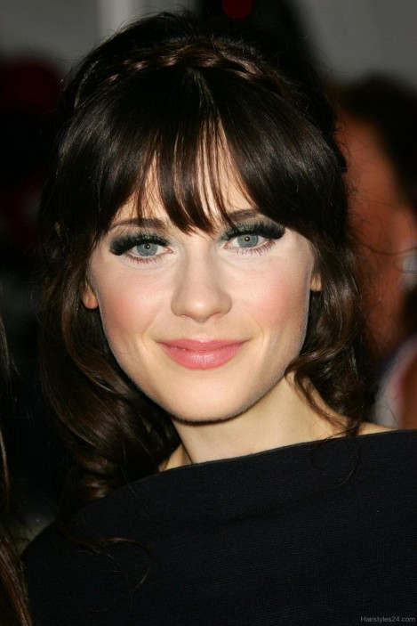 Zooey Deschanel Prom Hairstyle